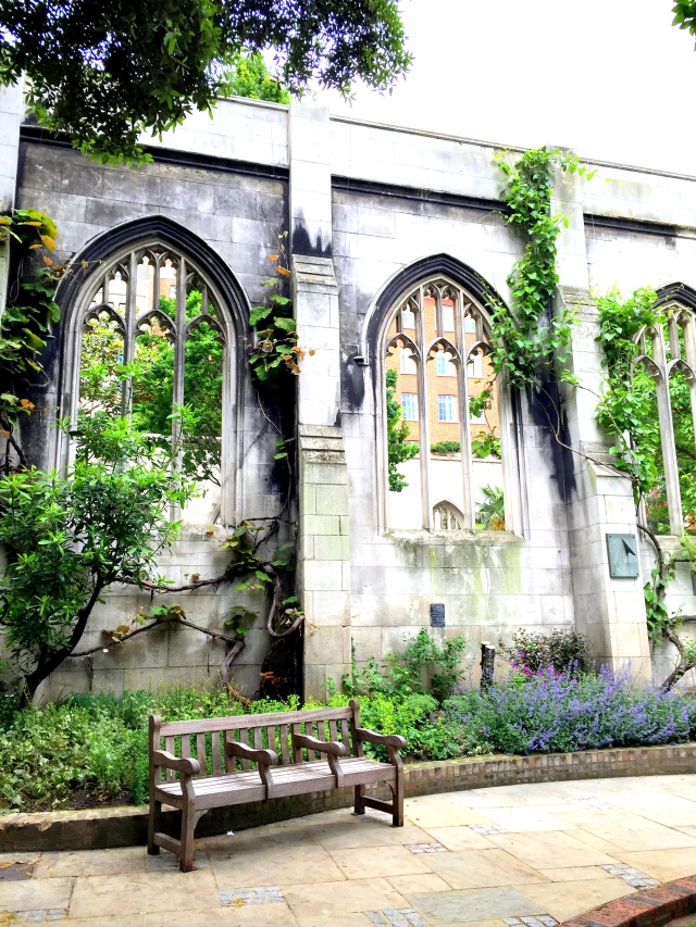 Saint Dunstan in the East Church Garden10