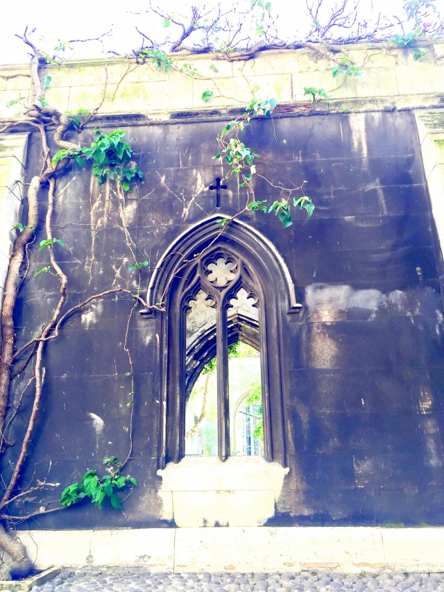 Saint Dunstan in the East Church Garden4