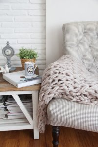 chunky-knitted-blanket-14