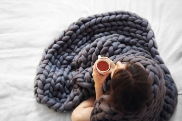 chunky-knitted-blanket-15