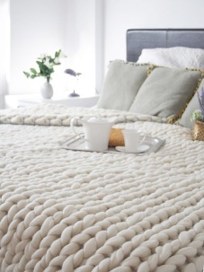 chunky-knitted-blanket-6